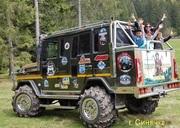Екскурсії,  тури,  мандри горами на супер-джипах «Степан» і «Довбуш»